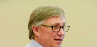 Rick Halbert, Pinewood Forest representative, at a Fayetteville Council meeting in March. Photo/Ben Nelms.