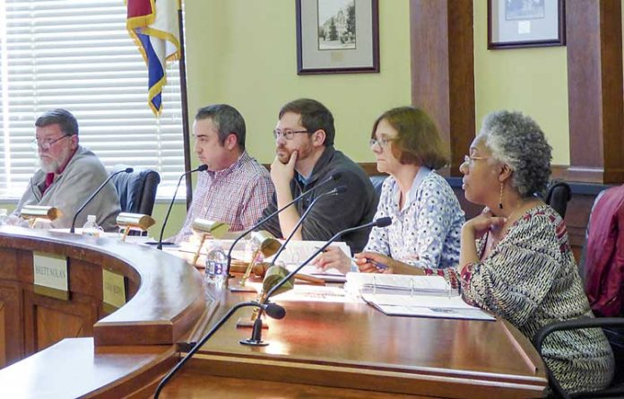 Fayetteville Planning and Zoning Commission. Photo/Ben Nelms.