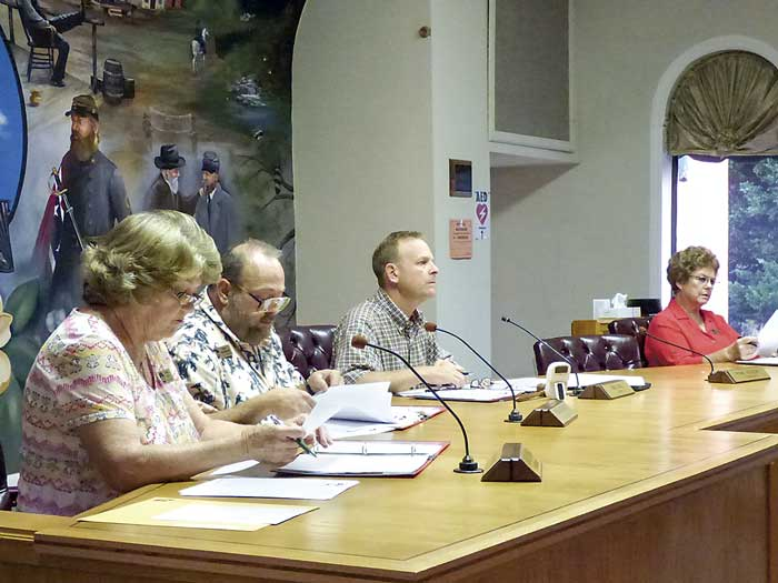 Tyrone Council at a recent meeting. Photo/Ben Nelms.