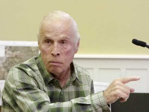 Neighbor Bob Lester objects to project. Photo/Ben Nelms.