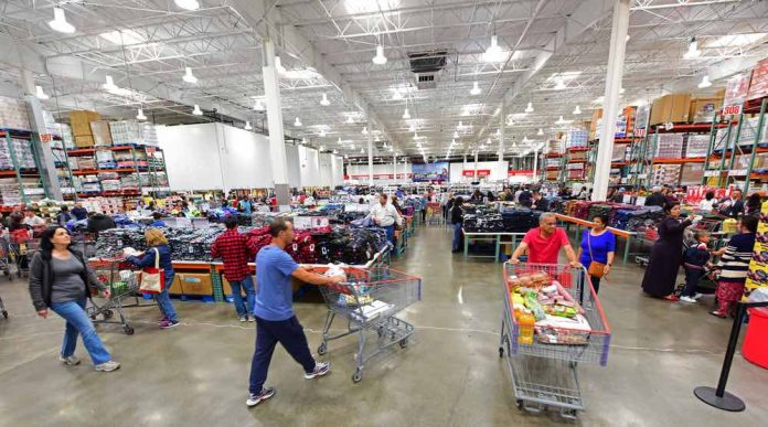 Interior of Costco in New York. Photo/Shutterstock.