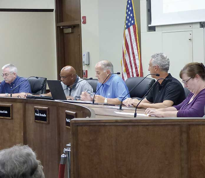 Peachtree City Planning Commission members listen to a presentation. Photo/Ben Nelms.