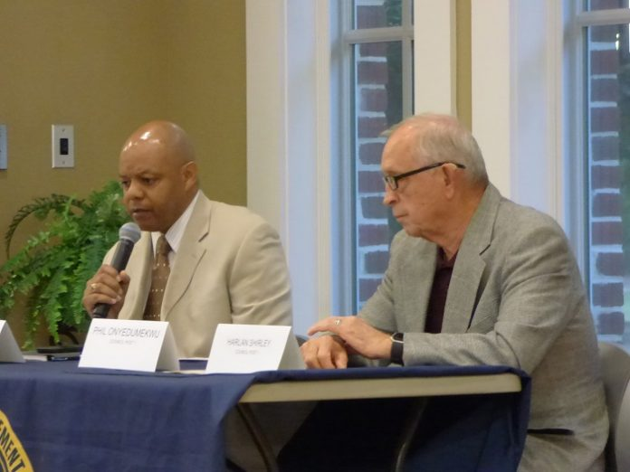 Candidates participating in the Oct. 7 forum for the Post 1 seat on the Fayetteville City Council included, from left, challenger Darryl Langford and incumbent Harlan Shirley. Photo/Ben Nelms.