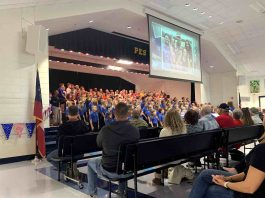 Peeples' fifth grade chorus honors local veterans with a variety of musical selections. Photo/Fayette County School System.