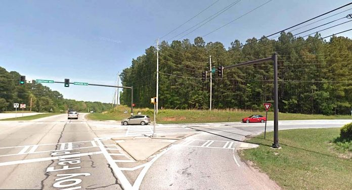 Google roadside view of Hwy. 54-Ebenezer Road intersection looking southeast at site of future office building.