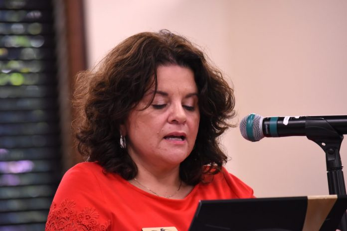 Mayor Vanessa Fleisch speaks at the July 16 City Council meeting. Photo/Cal Beverly.