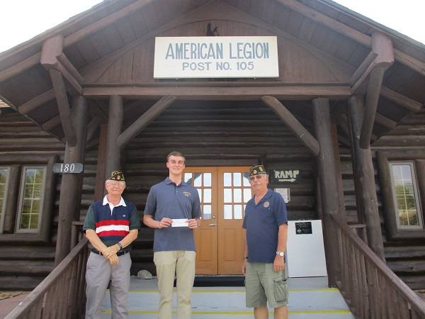 American Legion scholarship winner Liam Jones, center, with grandfather George Knight, at left, and American Legion Post 105 scholarship chairman David Niebes. Photo/Tim Donnelly.