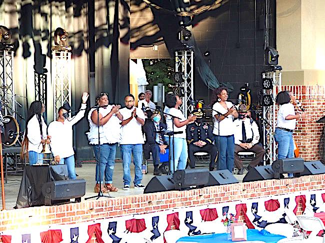 <b>The Flat Rock AME Church Praise Team was one of the groups performing at the 9/11 Tribute at the Brightmoor-Southern Ground Amphitheater. Photo/Ben Nelms.</b>