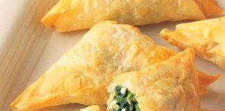 Spanakopita (spinach triangles)