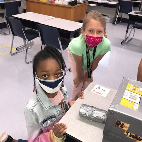 Students at Peeples Elementary School team up to use their creative problem-solving skills. Photo/Fayette County Scholastic's System.