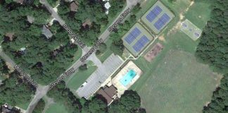 Aerial view of Glenloch Recreation Center.